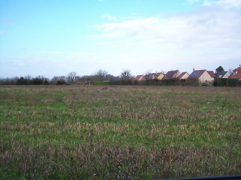 Terrains du constructeur MAISONS FRANCE CONFORT • 385 m² • ESTREES SAINT DENIS