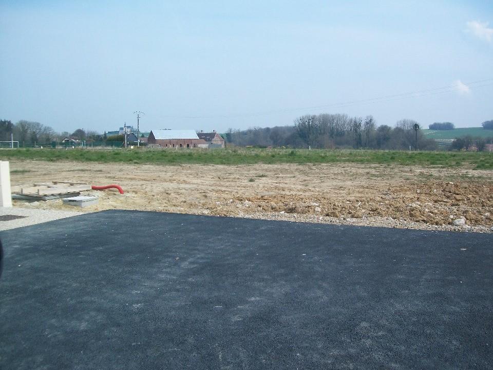 Terrains du constructeur MAISONS FRANCE CONFORT • 550 m² • BREUIL LE VERT