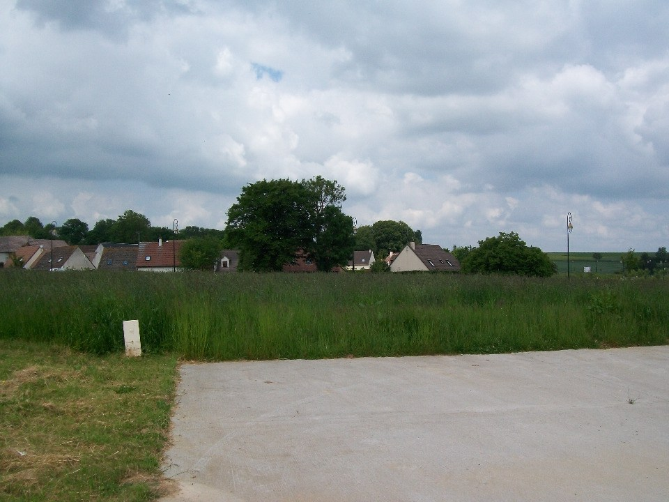 Terrains du constructeur MAISONS FRANCE CONFORT • 522 m² • CHAUMONT EN VEXIN