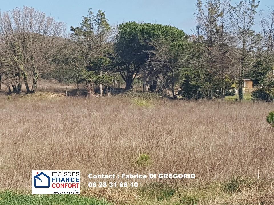 Terrains du constructeur MAISONS FRANCE CONFORT • 1011 m² • GRIMAUD