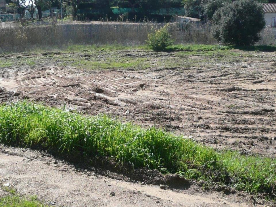 Terrains du constructeur MAISONS FRANCE CONFORT • 996 m² • PUGET SUR ARGENS