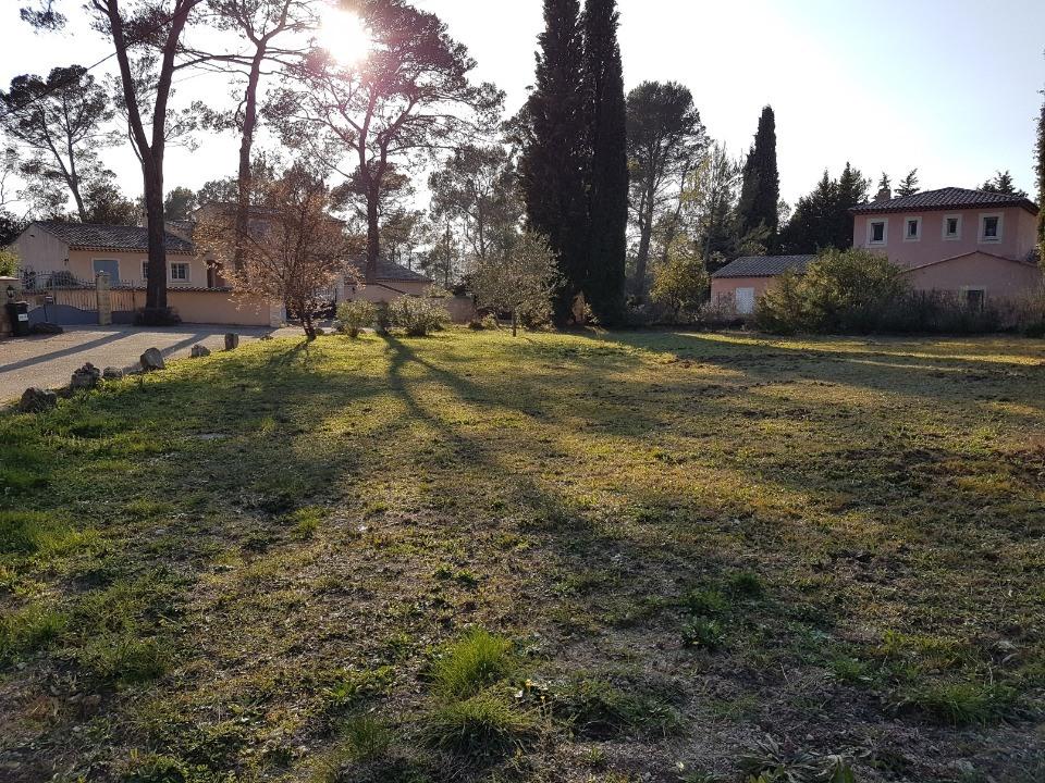 Terrains du constructeur MAISONS FRANCE CONFORT • 1400 m² • BAGNOLS EN FORET