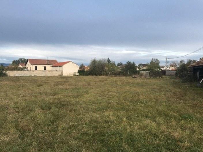 Terrains du constructeur MAISONS FRANCE CONFORT • 301 m² • SURY LE COMTAL