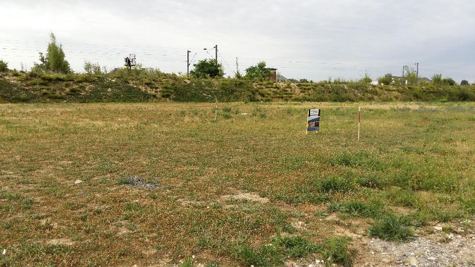Terrains du constructeur MAISONS FRANCE CONFORT • 361 m² • MASNY