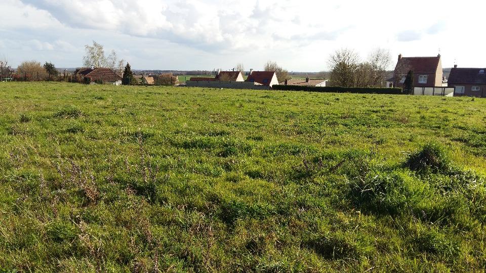 Terrains du constructeur MAISONS FRANCE CONFORT • 400 m² • NOMAIN