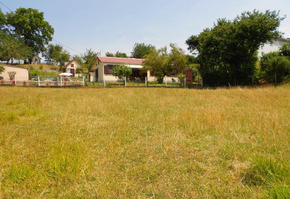 Terrains du constructeur MAISONS FRANCE CONFORT • 540 m² • BUCHY