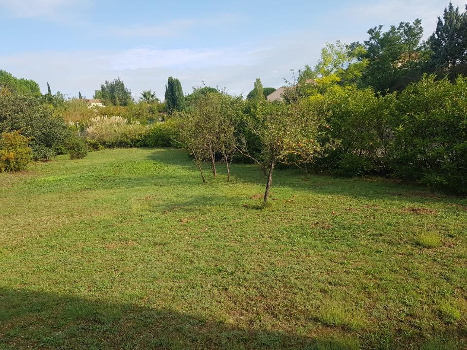 Terrains du constructeur MAISONS FRANCE CONFORT • 500 m² • COMBAILLAUX