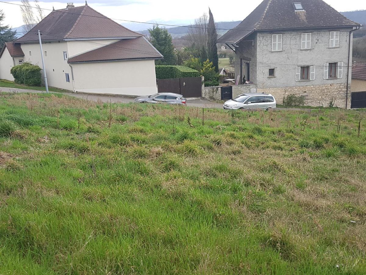 Terrains du constructeur TRADICONFORT BOURGOIN • 1296 m² • SERMERIEU