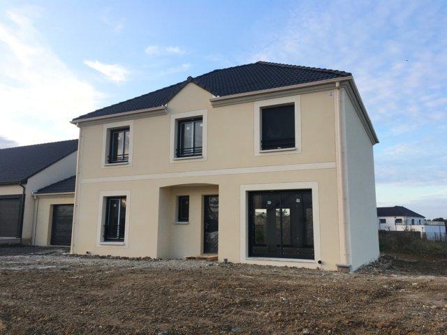 Maisons du constructeur MAISONS PIERRE • 152 m² • PATAY