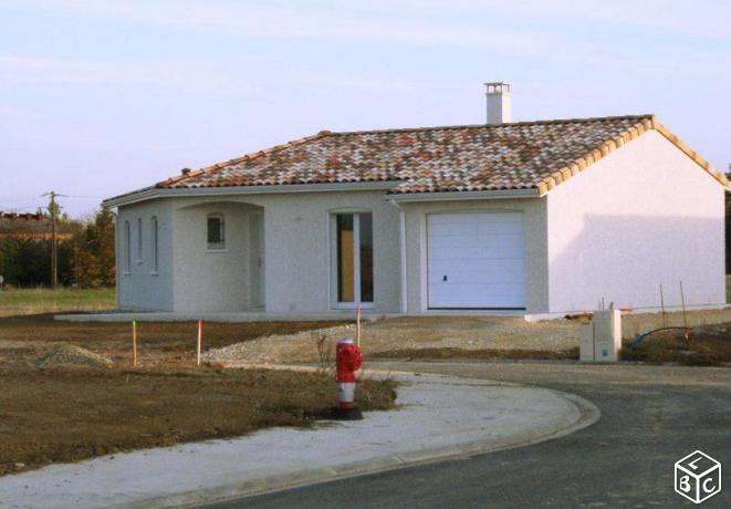 Maisons du constructeur TRADICONFORT 81 • 90 m² • LESCURE D'ALBIGEOIS