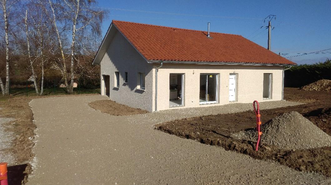 Réalisations du constructeur LES CONSTRUCTIONS REGIONALES • SAINT ONDRAS