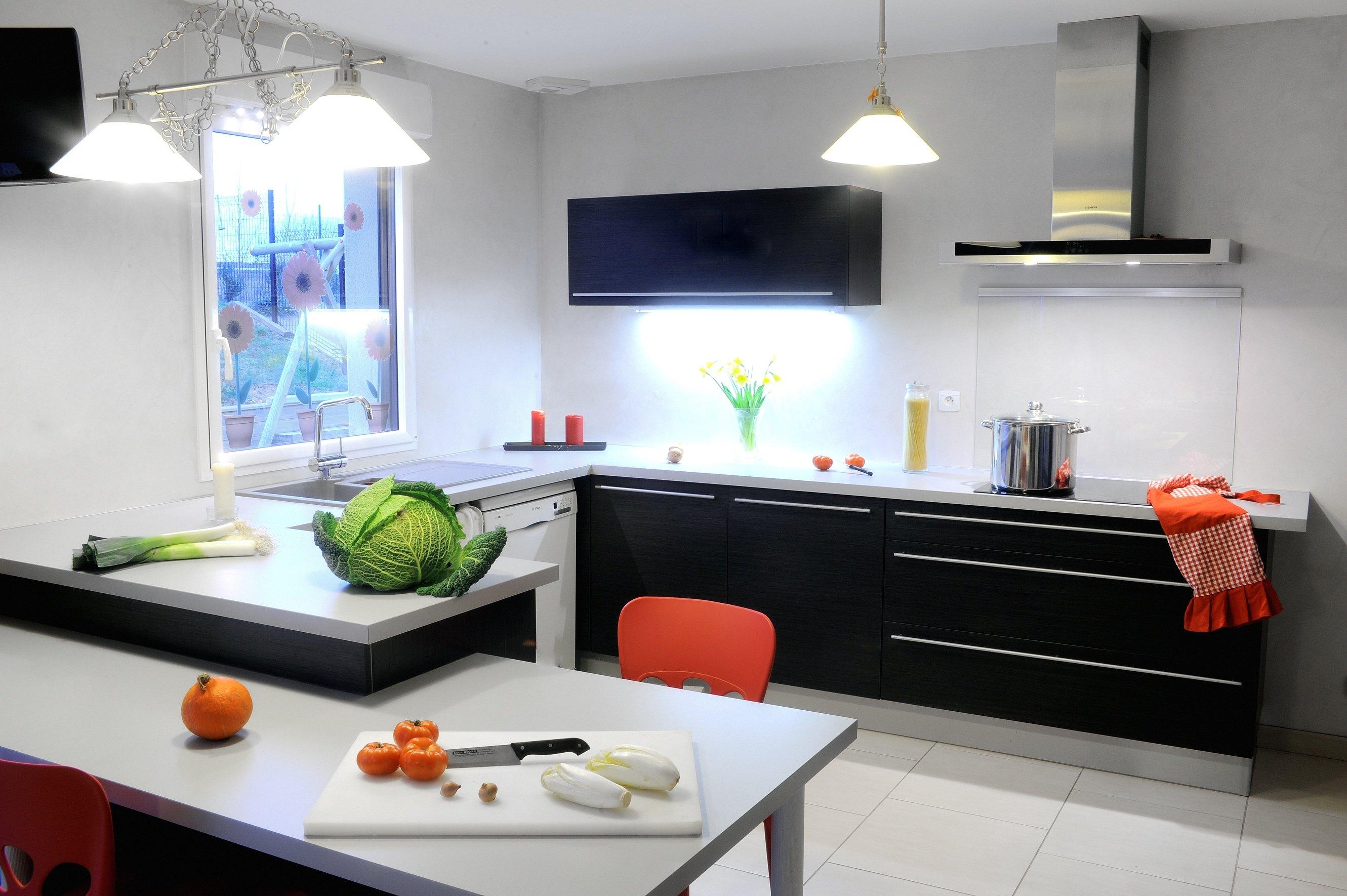 Maisons + Terrains du constructeur MAISON FAMILIALE RENNES • 94 m² • CINTRE