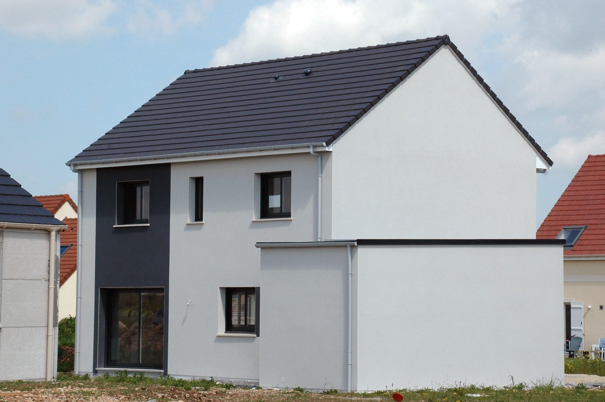 Maisons + Terrains du constructeur MAISON FAMILIALE RENNES • 110 m² • COMBOURTILLE