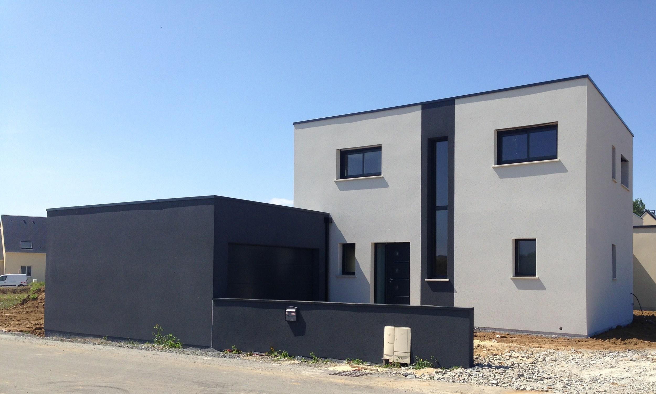 Maisons + Terrains du constructeur MAISON FAMILIALE RENNES • 130 m² • LECOUSSE