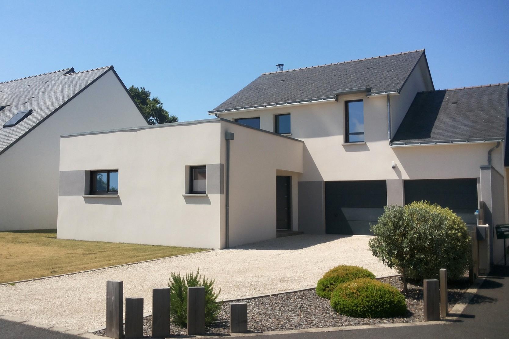 Maisons + Terrains du constructeur MAISON FAMILIALE RENNES • 130 m² • TREFFENDEL