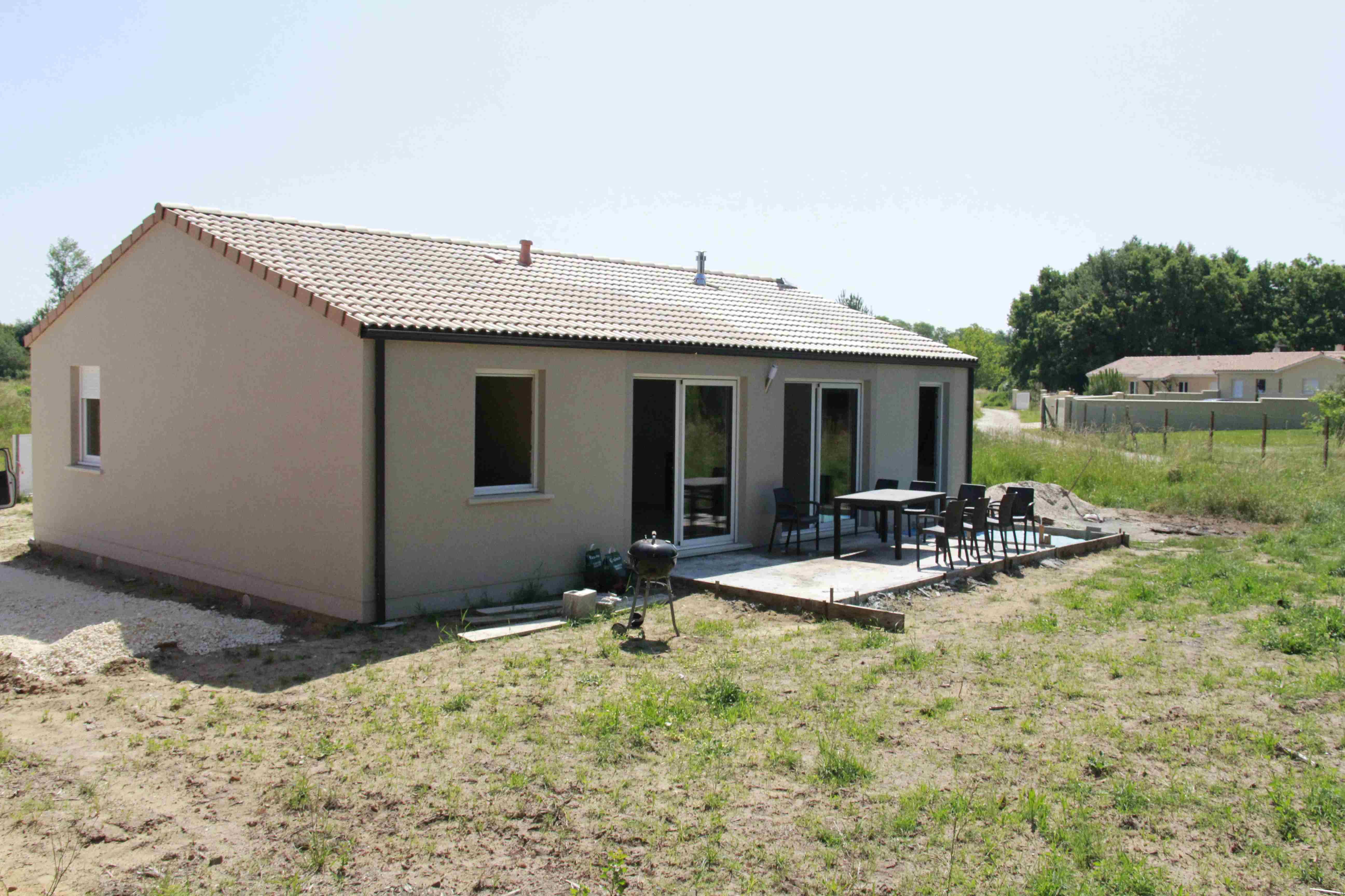 Maisons + Terrains du constructeur MAISONS PHENIX MERIGNAC • 88 m² • BRUGES