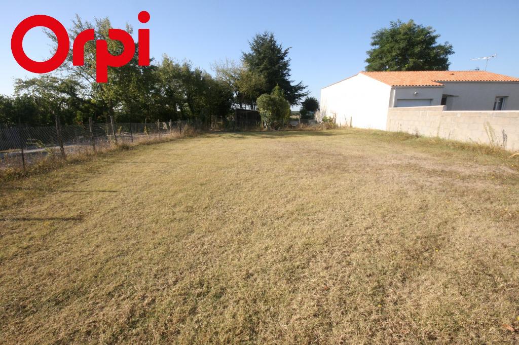 Terrains du constructeur AGENCE IMMO PLUS • 600 m² • SAINT GEORGES DE DIDONNE
