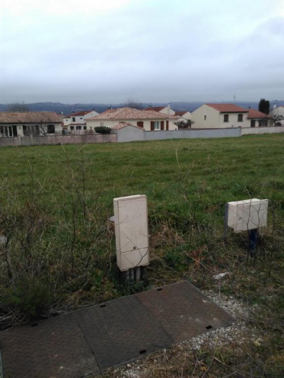 Terrains du constructeur SAFTI • 403 m² • AUSSILLON