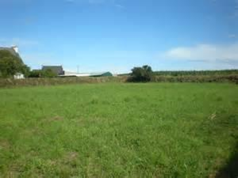 Terrains du constructeur MAISONS FRANCE STYLE • 600 m² • HEUDEBOUVILLE