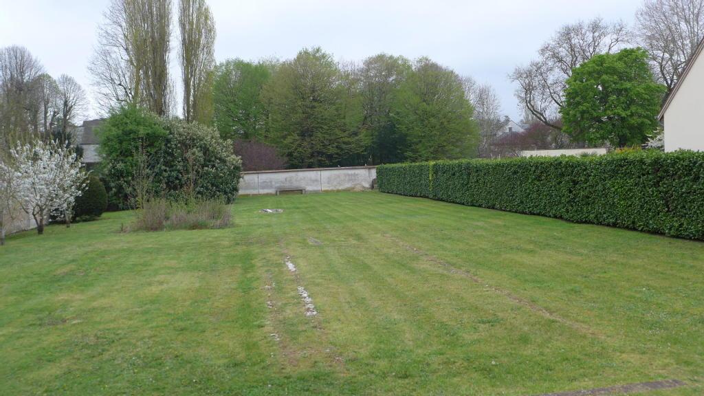 Terrains du constructeur AGENCE LATOUR • 1200 m² • HOUDAN