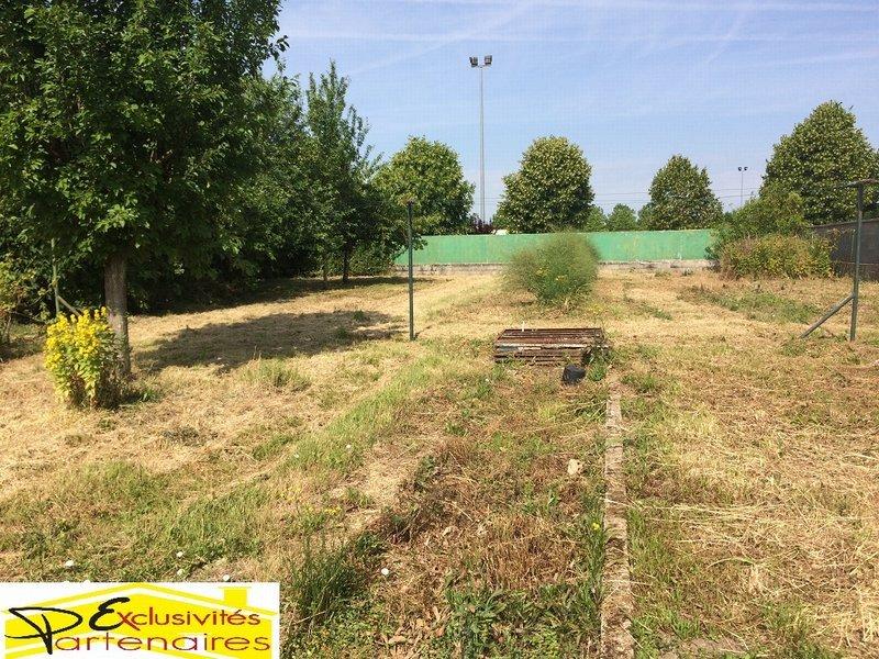 Terrains du constructeur AGENCE LATOUR • 720 m² • HOUDAN