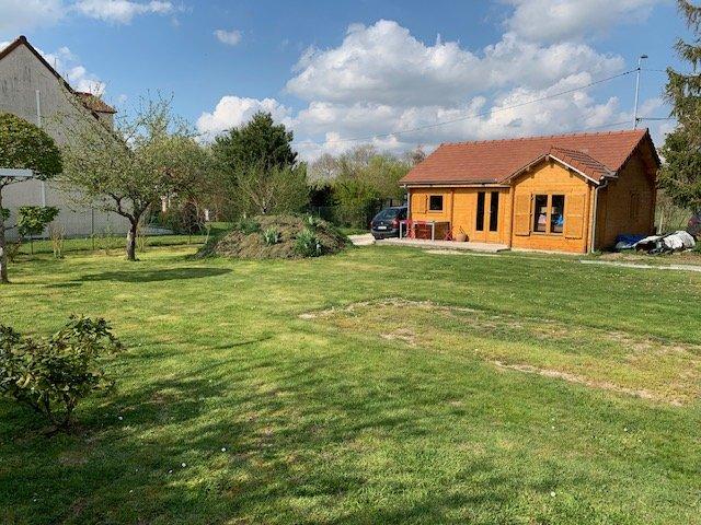 Terrains du constructeur ACTIF VAUX LE PENIL • 526 m² • CHATILLON LA BORDE