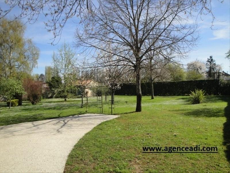Terrains du constructeur Agence Adi • 1426 m² • LA CRECHE