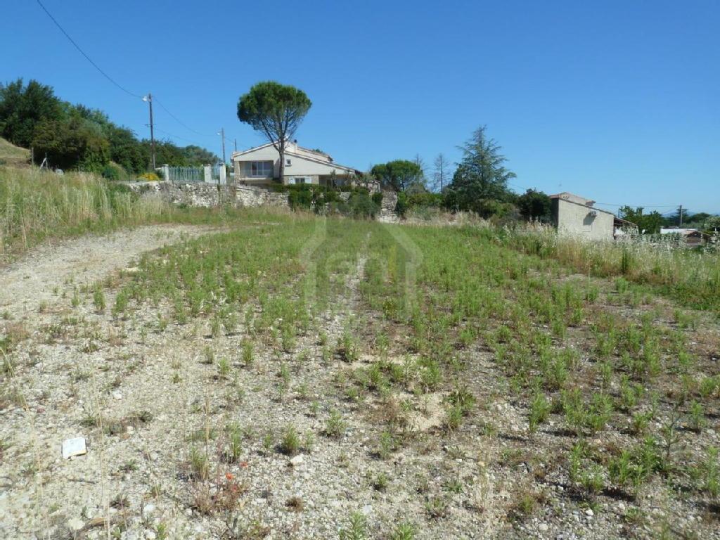 Terrains du constructeur PONT IMMOBILIER • 688 m² • PONT SAINT ESPRIT