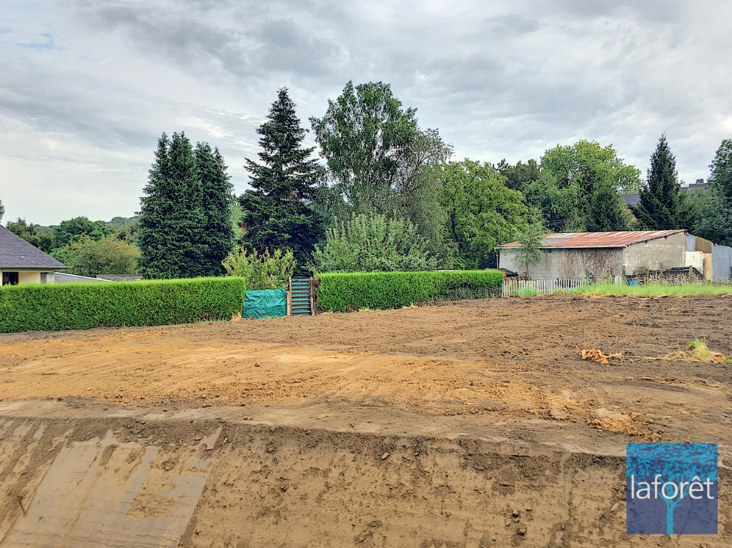 Terrains du constructeur MAUDIM Laforêt • 400 m² • BAZOUGES LA PEROUSE