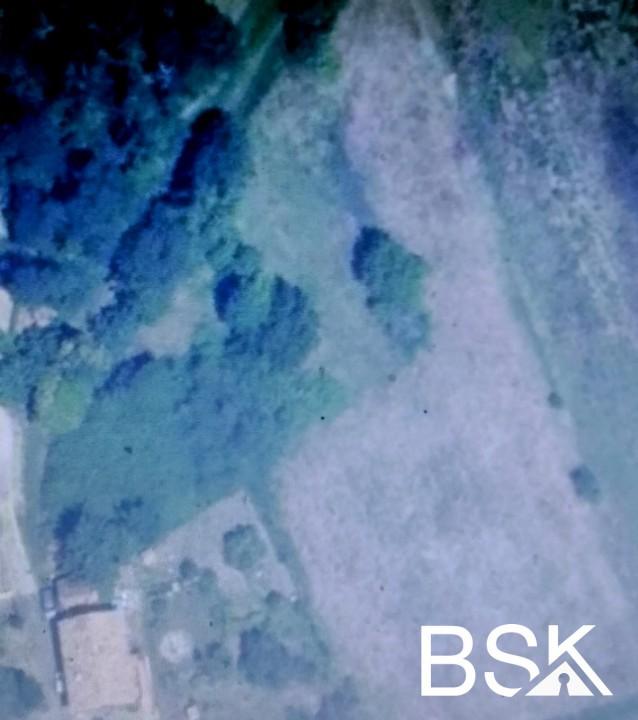 Terrains du constructeur BSK IMMOBILIER • 1070 m² • GENEBRIERES