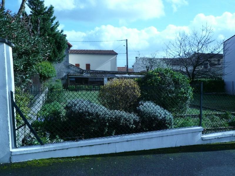 Terrains du constructeur CAPI FRANCE • 363 m² • COGNAC