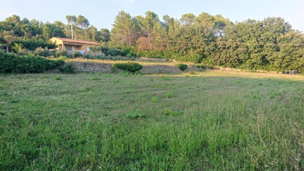 Terrains du constructeur EURL TRANSIMO 2000 • 1000 m² • BRIGNOLES