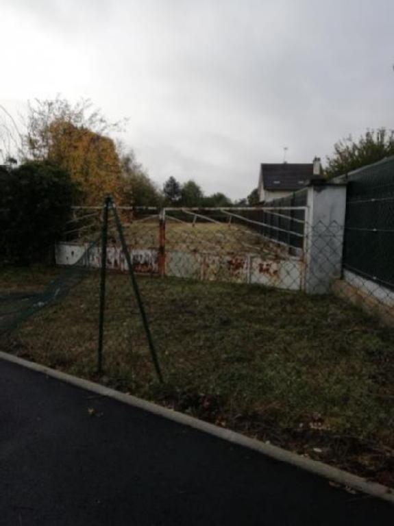 Terrains du constructeur ARTHUR WINLEY CHAMBLY • 480 m² • CHAMBLY