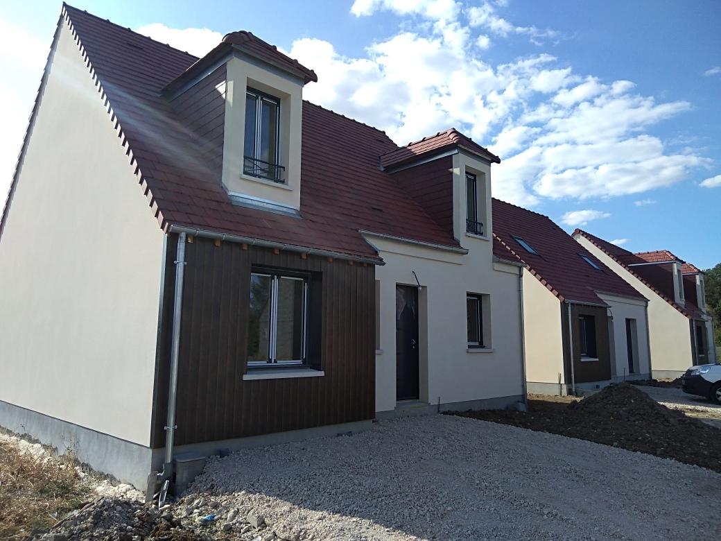 Terrains du constructeur LES MAISONS VIGERY • 443 m² • SAINT PRYVE SAINT MESMIN