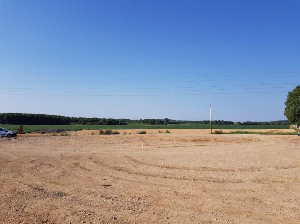 Terrains du constructeur MAISONS FRANCE CONFORT • 416 m² • MIONNAY
