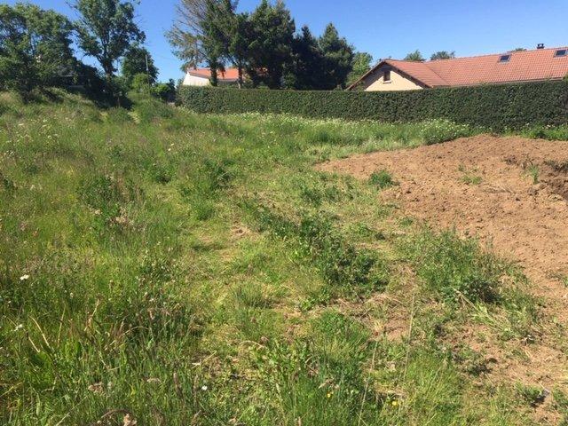 Terrains du constructeur MAISONS CLEDOR • 690 m² • VOLVIC