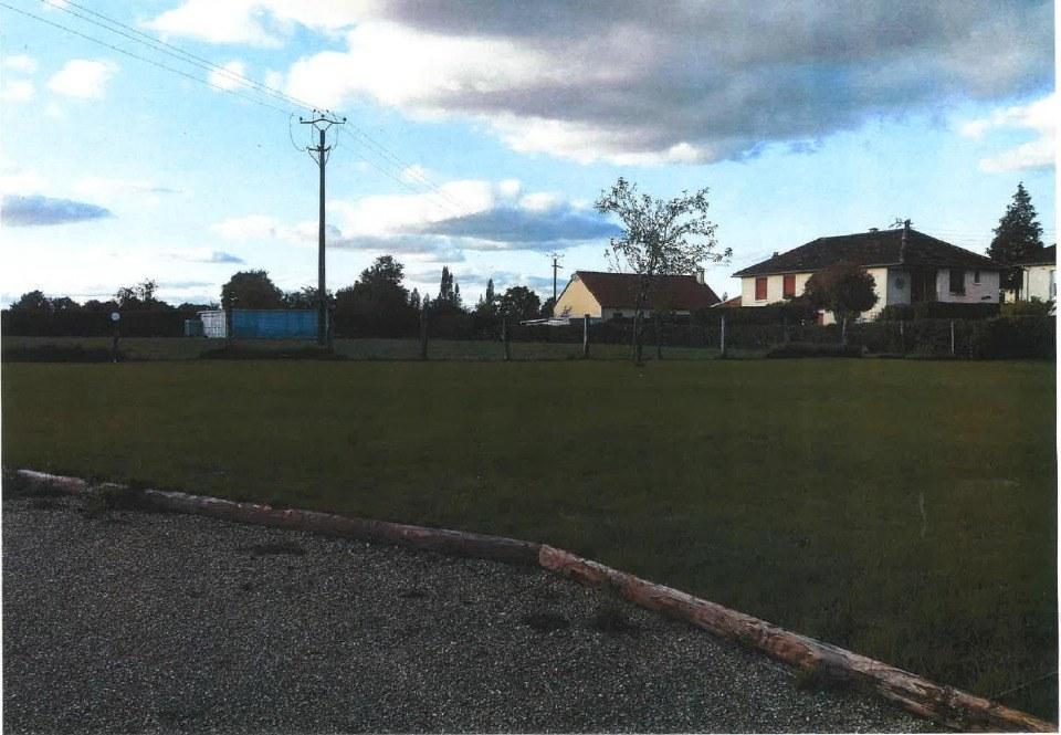 Terrains du constructeur MAISONS FRANCE CONFORT • 1203 m² • CHAMBOIS