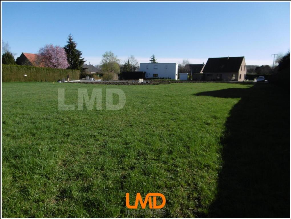 Terrains du constructeur LMD IMMOBILIER • 713 m² • WANNEHAIN