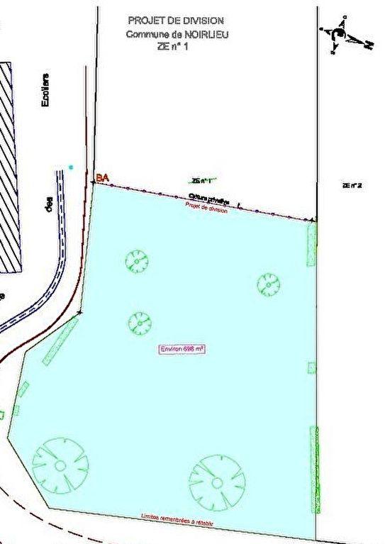 Terrains du constructeur LAFORÊT IMMOBILIER - AGENCE IMMOBILIERE DU NAU • 698 m² • NOIRLIEU