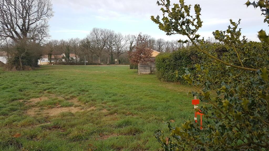 Terrains du constructeur MDI 85 LA MOTHE ACHARD • 788 m² • MARTINET