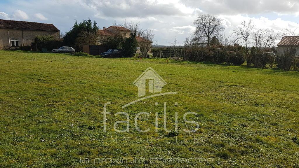 Terrains du constructeur FACILIS IMMOBILIER • 1000 m² • FROZES