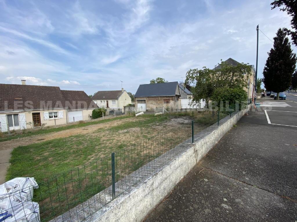 Terrains du constructeur MANDATAIRES IMMOBILIER • 300 m² • PARIGNE L'EVEQUE