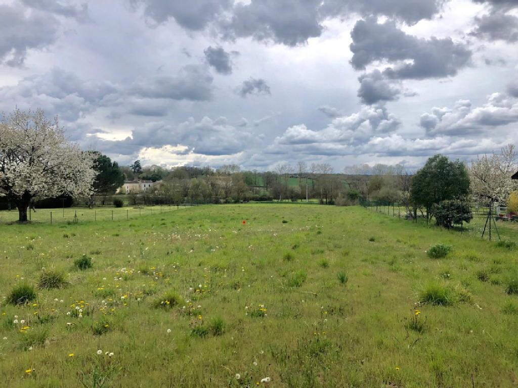 Terrains du constructeur A&A Immobilier - AXO et ACTIFS • 1062 m² • TOUVRE