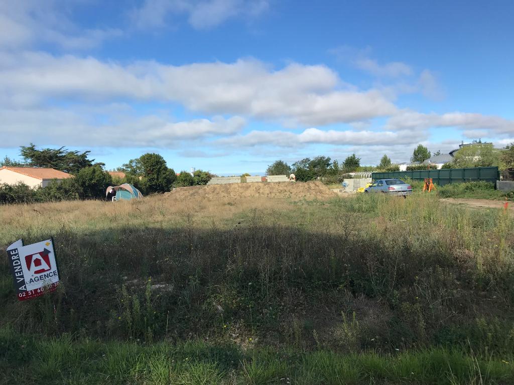 Terrains du constructeur L'AGENCE DE LA COUR ROUGE • 401 m² • SAINT GILLES CROIX DE VIE
