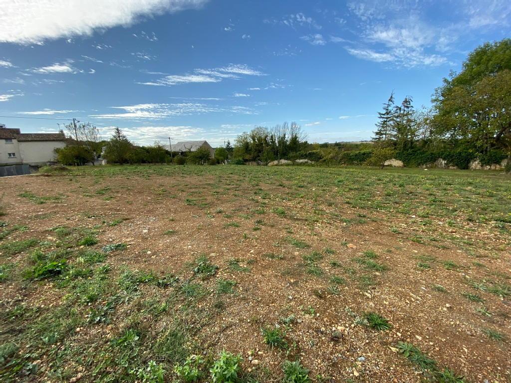 Terrains du constructeur IMOCONSEIL FRANCE • 1555 m² • MIGNE AUXANCES