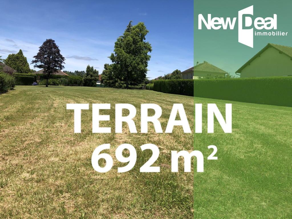 Terrains du constructeur NEW DEAL IMMOBILIER • 692 m² • ARNAC POMPADOUR