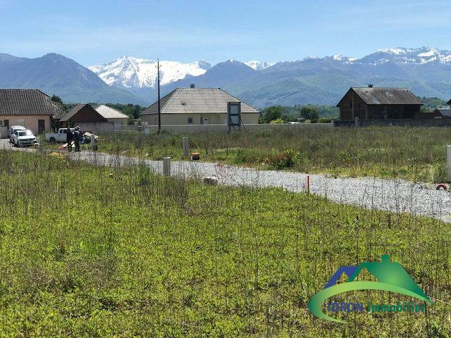 Terrains du constructeur IDRON IMMOBILIER • 540 m² • BENEJACQ