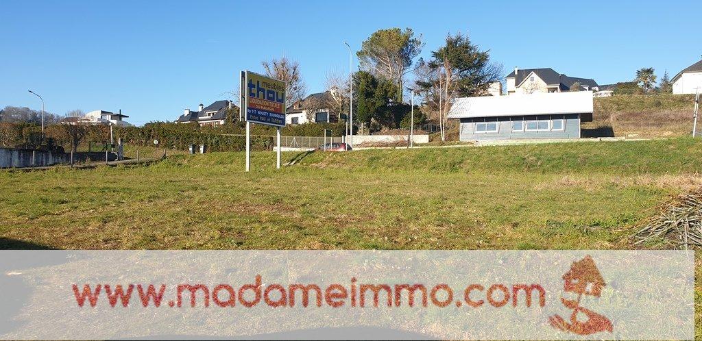 Terrains du constructeur MADAME IMMO • 1373 m² • LOURDES