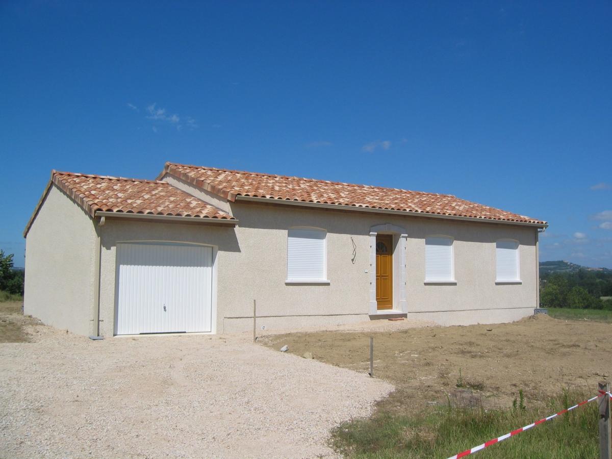 Terrains du constructeur MAISONS COTE SOLEIL 82 • 637 m² • GRISOLLES