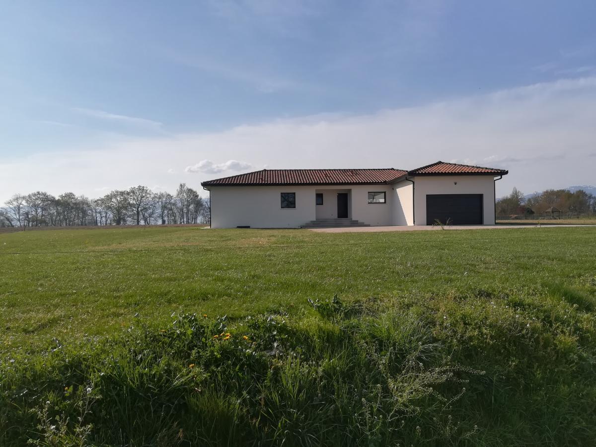 Maisons du constructeur ESQUISS BEAUZELLE • 100 m² • MONTAIGUT SUR SAVE